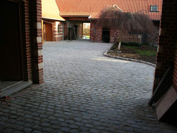 parking-pave-03-moyen