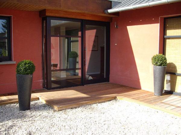 kit de terrasse en bois monter pavages paysages. Black Bedroom Furniture Sets. Home Design Ideas